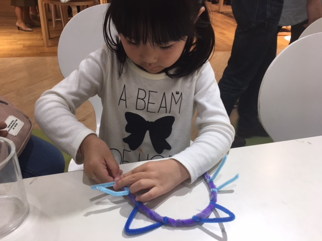 10/14モールアートでハロウィンカチューシャづくり 開催!