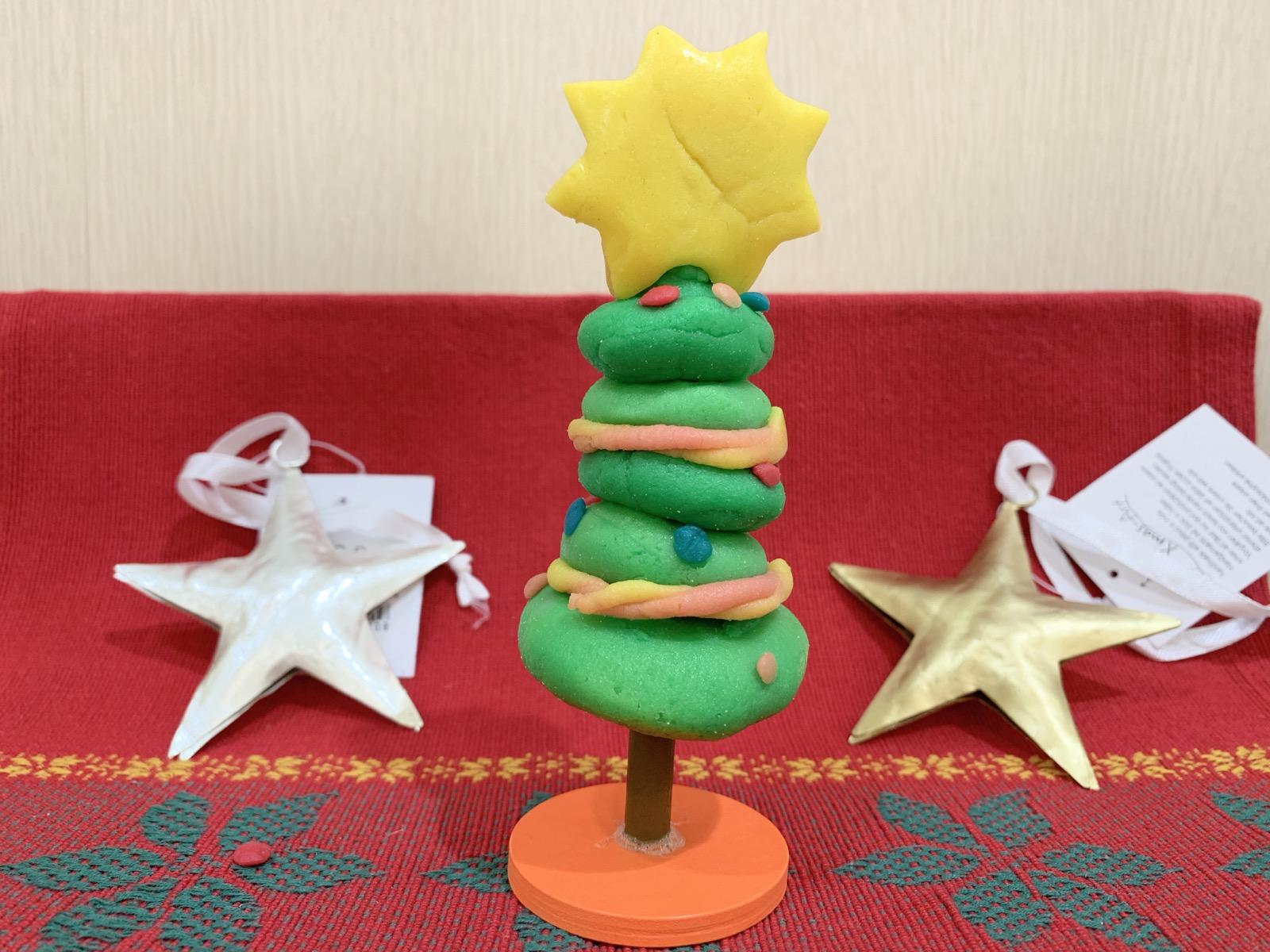 とっておきのクリスマスの思い出に・・・☆寒天が素材の粘土で飾り置きができるクリスマスツリーを作りませんか?