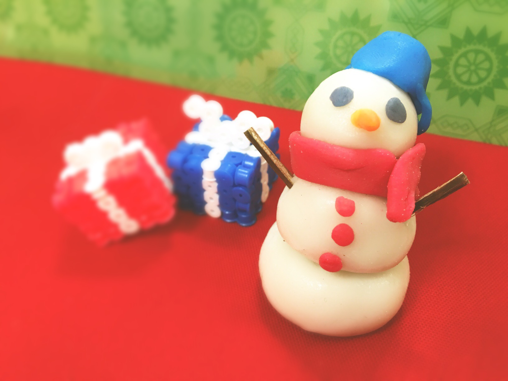 かんてんねんどで雪だるまをつくろう!