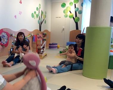 イベント「親子であそぼう~ふれあいあそび~」を開催しました