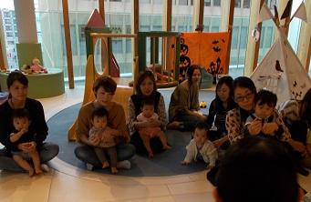 【あそびば】イベント「お誕生会~記念の手形をとろう~」を開催しました