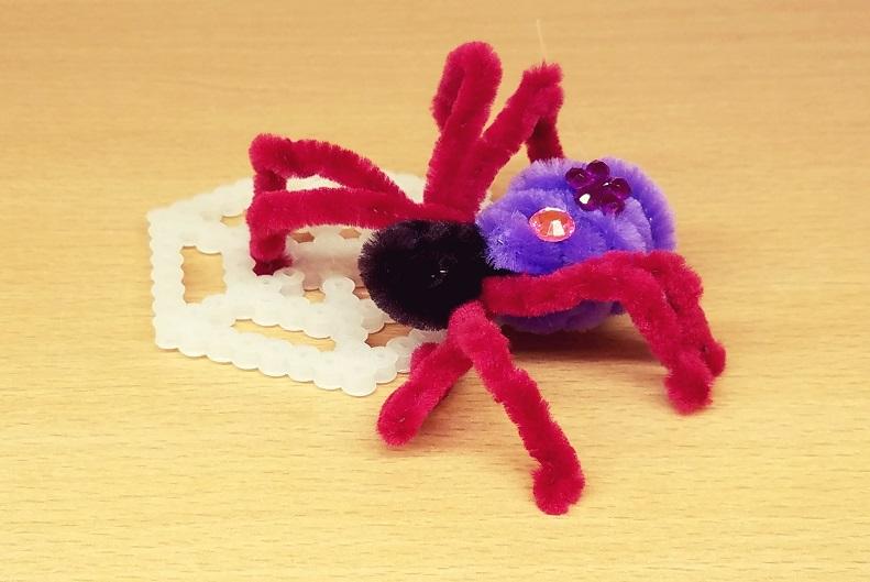 【水曜クラフトイベント】モールでハロウィンのクモをつくろう