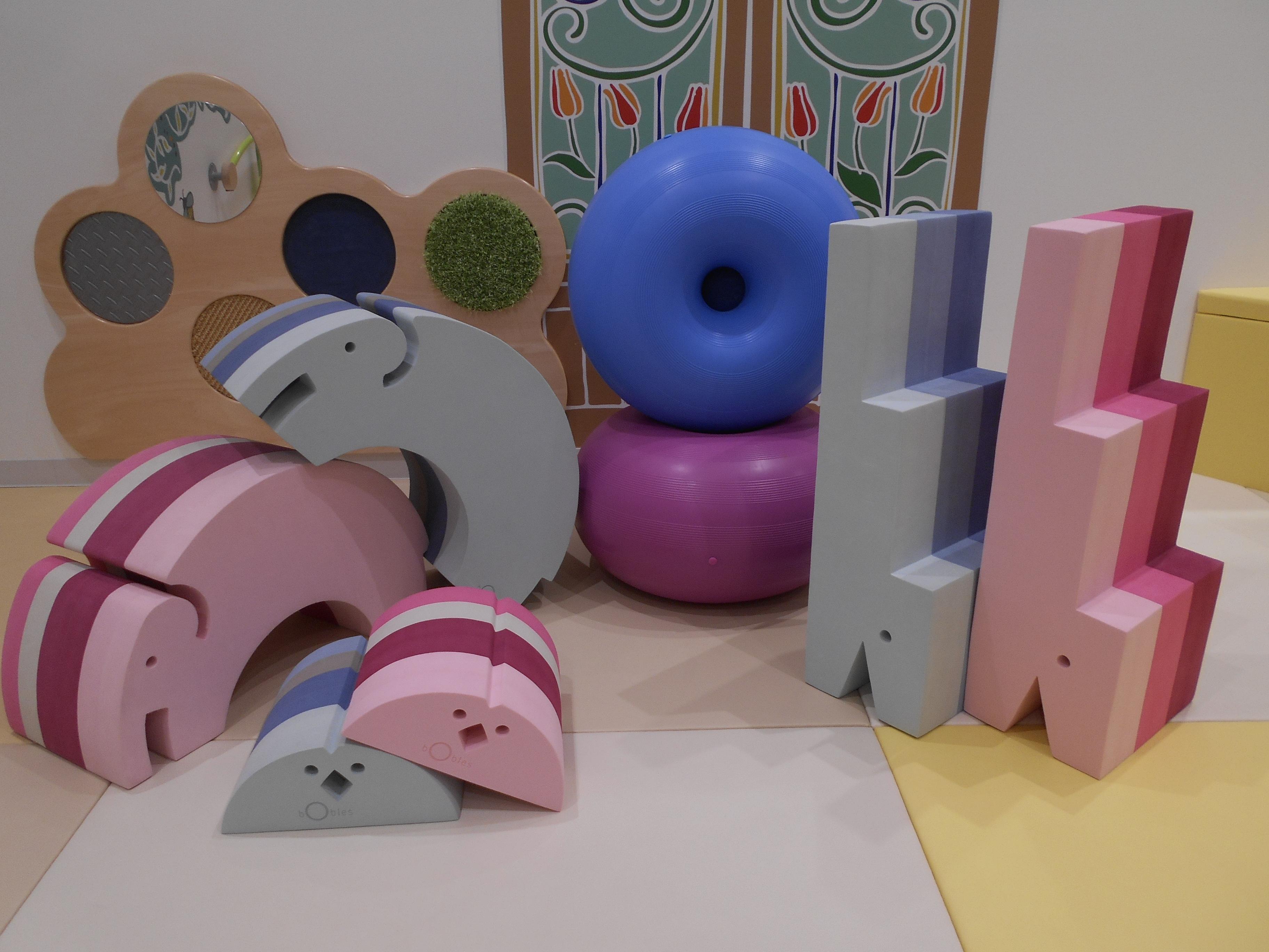 遊べる家具「ボブルス」で親子体遊び!