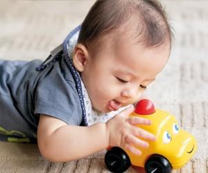 赤ちゃんを豊かに育てる人間環境