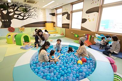 「あそび環境づくり」の実績レポートに、神奈川県大和市「シリウス」、大阪府高石市「ハグッド高石」などを追加しました。