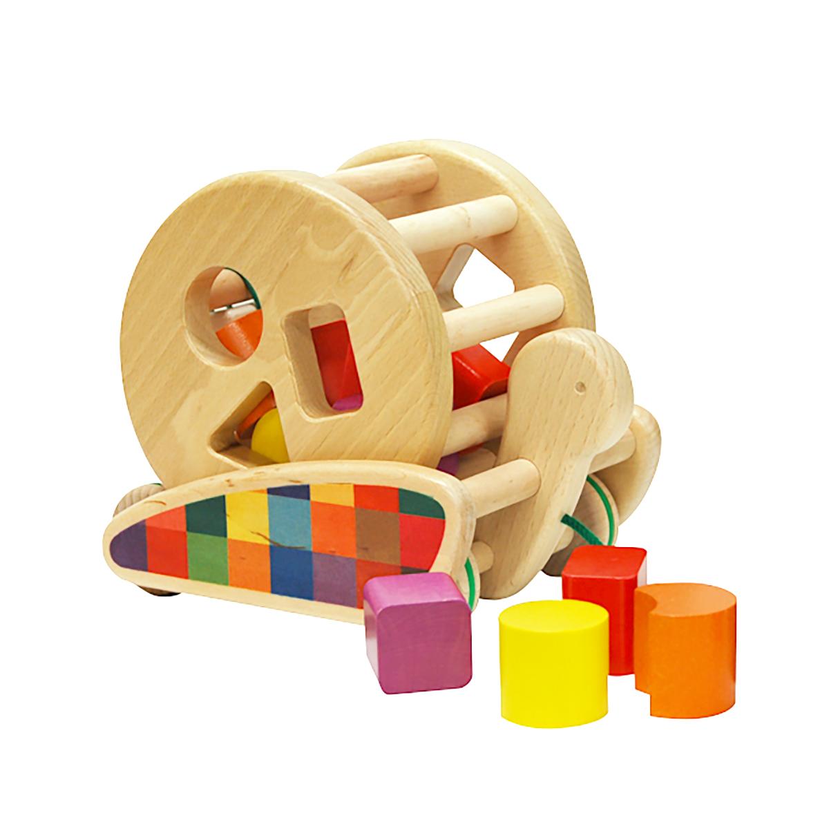 お部屋も春めく「ポーランド・バヨ社の木製遊具」のご紹介