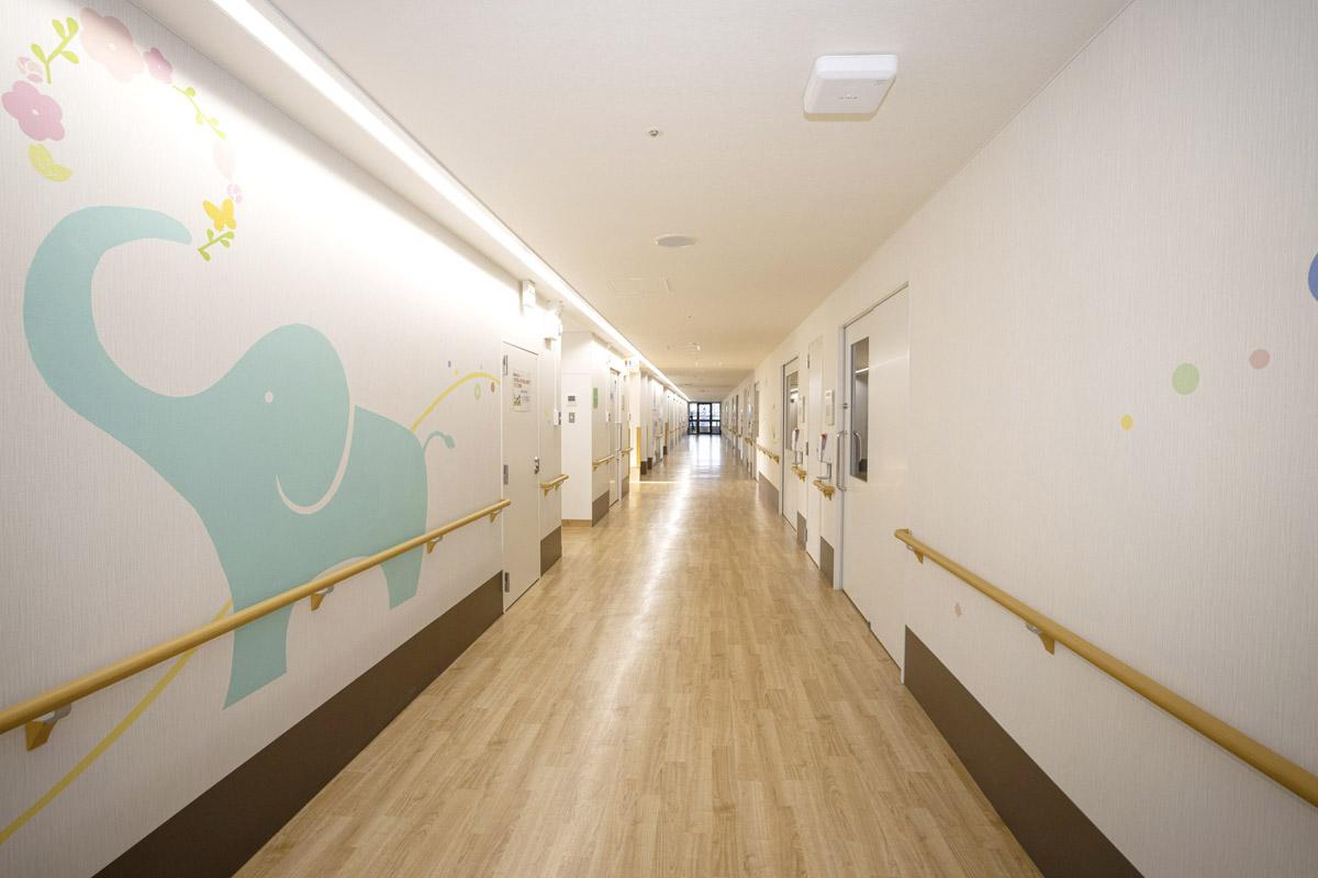 京都大学医学部附属病院内 プレイルーム