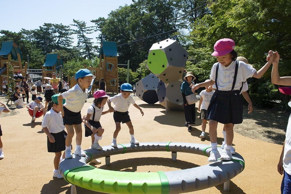 岡崎市東公園 木製遊具広場