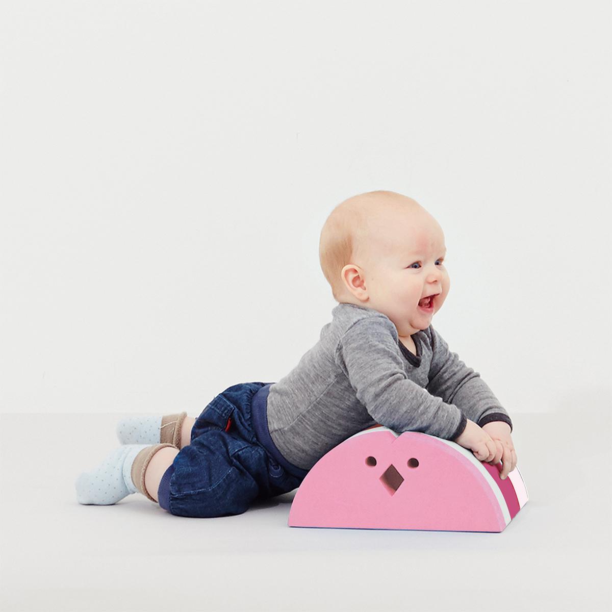 【赤ちゃん便り】第9回 生後2か月で楽しいおうちあそび